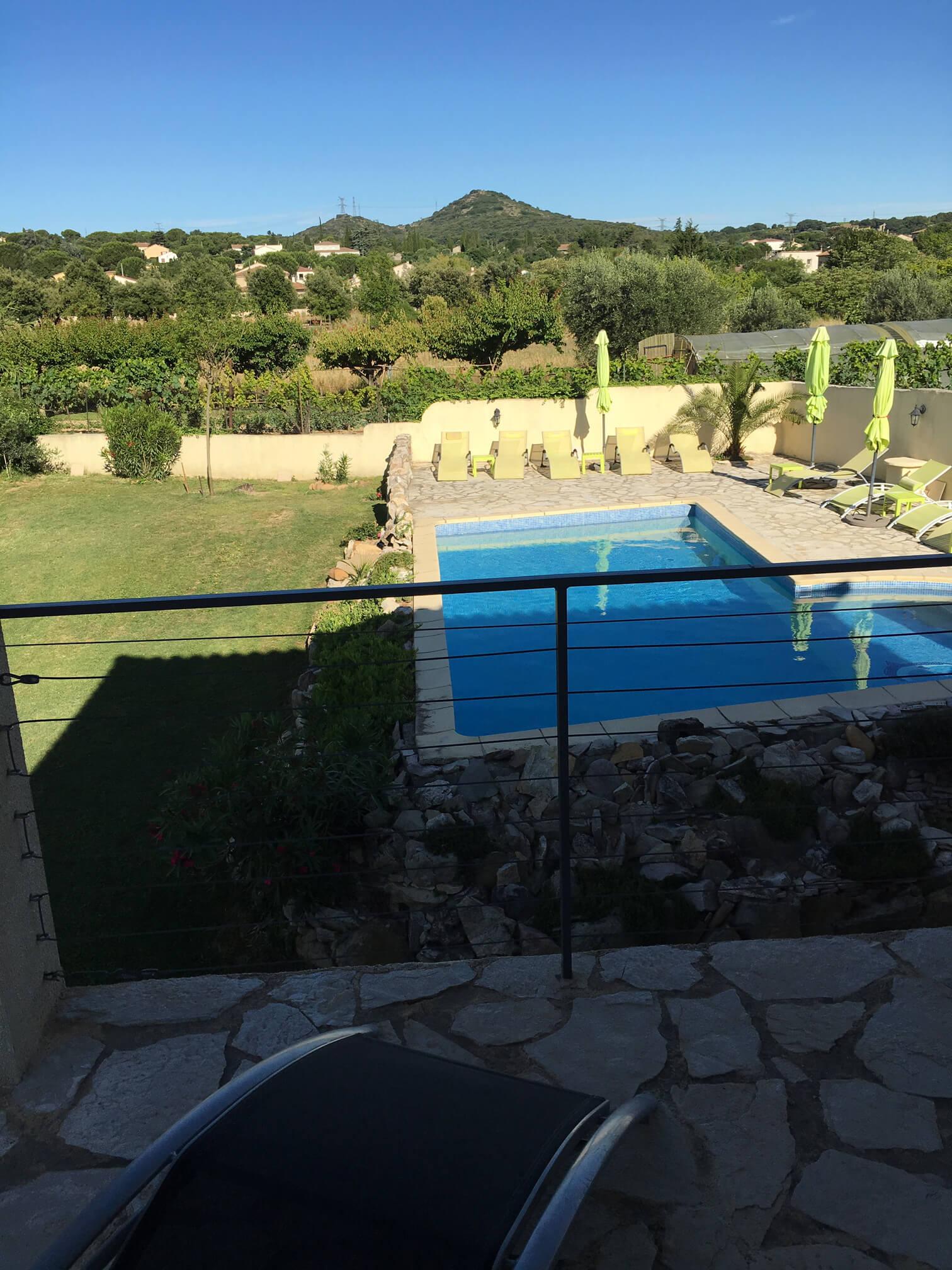 Ferienwohnung und Gästezimmer mit Pool